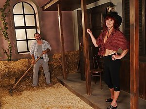 Today we have a real mature cowgirl just for you! Ok maybe cowgrandma would be more apt or whatever...Let's just call her Ria Ok so we have this sporty old lady, the queen of her ranch and she was so horny when we visited her. Leslie Taylor was cleaning t