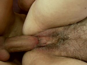Rampant old woman gets stuffed up her hairy slot