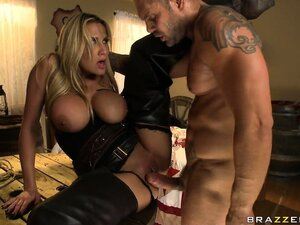 Blonde hottie in leather chaps, chaps his rod with her snatch