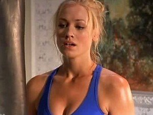 Mesmerizing Yvonne Strahovski In a Cock-Bursting Tight Sporty Outfit