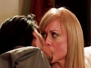 Mothers & sons - Nina Hartley