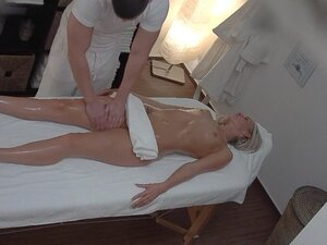 Beautiful Blonde Gets Oil Massage & Fuck as Bonus