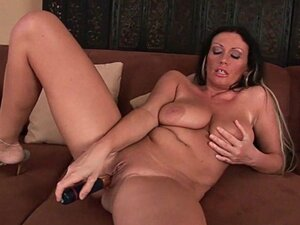 Mom's big tits and wet pussy could use a little self loving